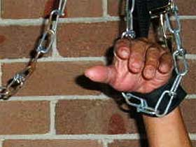 chained prisoner source reuters (c)