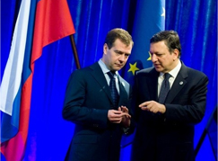 Dmitri Medvedev and Jose Manuel Barroso at the Russia-EU summit in November 2009. Source: EPA/BGNES