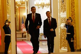 Obama Medvedev summit.  Source: kp.ru