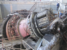 Exploded turbine at Sayano-Shushenskaya power plant. Source: Englishrussia.com