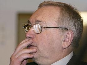 Vladimir Lukin.  Source: Kommersant newspaper