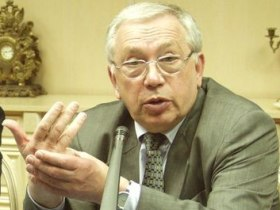 Vladimir Lukin. Source: politrussia.ru